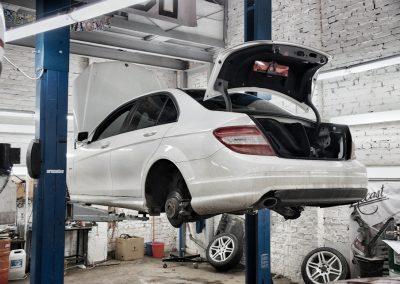 Техническое обслужвание Mercedes W204