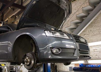 Замена балансировочных валов Audi A5 (Борьба с потерей давления масла)