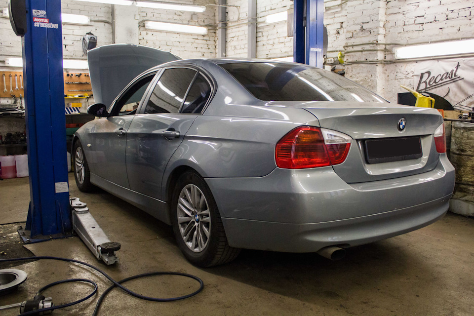 Глобальное техническое обслуживание BMW E90